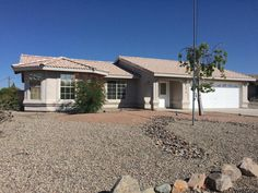 3813 Challenger Dr, Lake Havasu City - * Just Listed *  Clean 3/2 pool home with split floorplan, vaulted ceilings, covered patio, tile roof, 29' garage, oversized lot...  http://www.homesearchlakehavasu.com/property/929140/  #LakeHavasu #HavasuLew #NoBadDays #Havasu #JustListed #HavasuHomes #LakeLife #RiverLife #HavasuLife