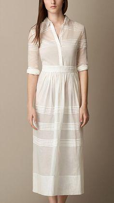 ¡El vestido perfecto para la primavera! #Dress #Burberry #LoveMom