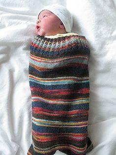 Ravelry: Kicking Bag for Babies pattern by annika -- I love the colours on this. Knitting For Kids, Loom Knitting, Baby Knitting Patterns, Baby Patterns, Free Knitting, Knitting Projects, Baby Cocoon Pattern, Ravelry, Wearable Blanket