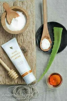 Voilà !! Forever Aloe, Forever Living Aloe Vera, Aloe Vera Skin Care, Aloe Vera Gel, Forever Living Business, Bee Propolis, Moisturizer For Oily Skin, Forever Living Products, Natural Beauty Tips