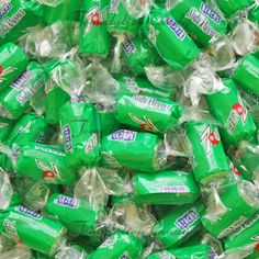 7 UP Soda Poppers hard candy. Jelly Belly Beans, Online Candy Store, Green Candy, Snack Recipes, Snacks, Hard Candy, Buffets, Gumball, Soda
