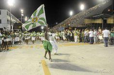 Aquecendo os motores - ensaios técnicos agitam o mundo do carnaval carioca. Texto e fotos de Valéria del Cueto @no_rumo de carnevalerio.com