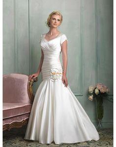 V-Ausschnitt Chic & Modern Kappe Brautkleider 2013