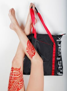 PAINT THE TOWN RED AND TURN THINGS ON THEIR HEAD WITH OUT MULTI-PURPOSE TOTES.  #FTBLOG #Fastrack #Bags #Fashion #Tattoo #Bodyart