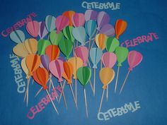 3D Hot air balloons cupcake toppers. 2 sets of 12. $14.00, via Etsy.