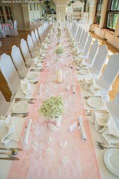 Nevěstin závoj, měly jste na svatební tabuli? - -...