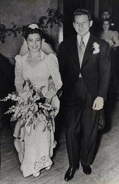 Danny Kaye and Sylvia Fine married on vacation in 1940 but held a formal wedding in 1943.