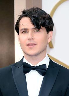 How lovely...Ezra those eyes!