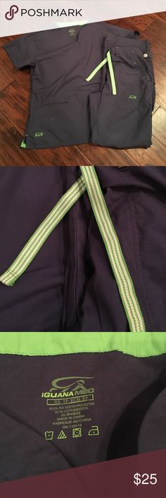Iguana Med Scrub Set Iguana Med Scrub Set sizeXS in Navy blue with green striped drawstrings! Other