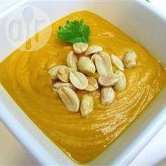 Zdjęcie do przepisu: Afrykańska zupa ze słodkich ziemniaków z orzeszkami ziemnymi