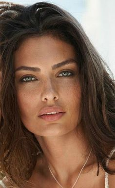eye shape makeup 296604325463675824 - Alyssa Miller Alyssa Miller Source by Alyssa Miller, Most Beautiful Eyes, Gorgeous Women, Absolutely Gorgeous, Very Beautiful Woman, Stunning Eyes, Gorgeous Hair, Beautiful Pictures, Girl Face