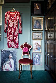 Art in closet * Interiors Interiors * The Inner Interiorista