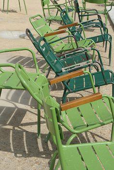 jardin des tuileries by wood & wool stool, via Flickr