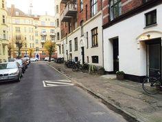 P.D. Løvs Allé 9B, st. tv., 2200 København N - Hyggelig 2-værelses lejlighed, høj stue #solgt #selvsalg #selvsalgdk #dukangodtselv