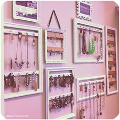 Picture-Frame-Jewelry-Display-DIY