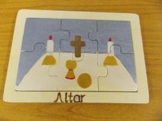 Altar Puzzle: made from the Level 1 altar pasting related work.  This is not an official material, but it is an interesting adaptation made by a home catechist.