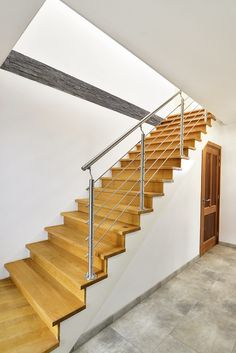 Trap naar boven Open Trap, Villa, Stairs, Exterior, Modern, Home Decor, Houses, Stairway, Trendy Tree