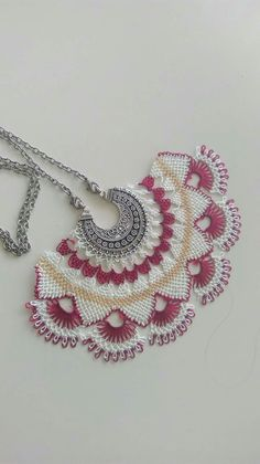 This Pin was discovered by Esr Bobbin Lace Patterns, Baby Knitting Patterns, Needle Lace, Crochet Accessories, Bridal, Diy And Crafts, Crochet Earrings, Weaving, Handmade Jewelry