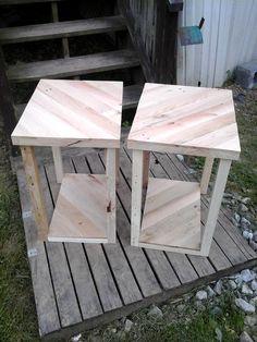 Pallet Side Tables / End Tables   Pallet Furniture DIY