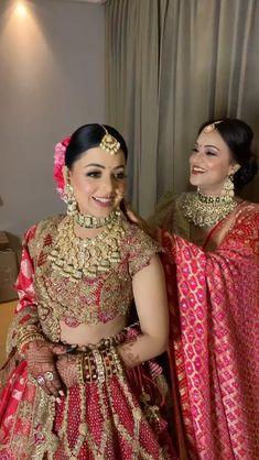 Indian Wedding Video, Indian Wedding Gowns, Indian Bridal Lehenga, Indian Bridal Outfits, Indian Bridal Fashion, Bridal Dresses, Indian Bridal Wear, Kerala Wedding Saree, Bride Indian