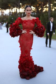 Katy Perry in Marchesa (Fall 2016) arriving at the 23rd amfAR Cinema Against AIDS Gala on Day 9 of the Cannes Film Festival, May 2016. Photo: Getty.