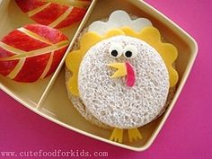 Cute idea for lunches or even as little snacks before Thanksgiving dinner!