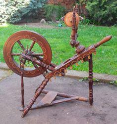 Wunderschönes, antikes Spinnrad! Nähe Aschaffenburg