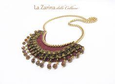 """Collana fashion bordeaux con pendenti """"Agnese"""" - Fashion handmade necklace with pendants and trim from La Zarina delle Collane designs"""
