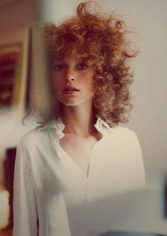 volume curly hair! so 80s!
