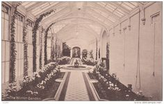 Girls School , LONDON , England , 00-10s : The Winter Garden