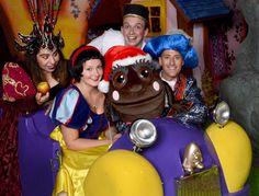 Snow White and the Chuckle Beans Panto @ Cadbury World. Christmas Days Out, Cadbury World, Harry Potter Studios, Warner Bros Studios, Behind The Scenes, Snow White, Beans, Tours, Snow White Pictures