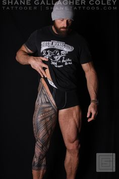 30 Coolest Tribal Tattoos For Men Tatau Tattoo, Ta Moko Tattoo, Tribal Tattoos For Men, Cool Tattoos For Guys, Samoan Tattoo, Marquesan Tattoos, Leg Sleeve Tattoo, Leg Tattoo Men, Maori Tattoo Arm