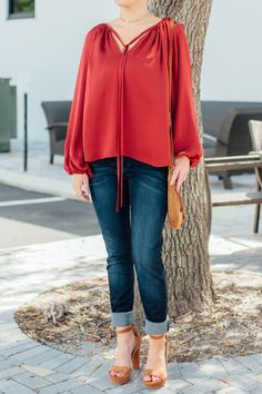 Who can resist an every-season blouse? What would you pair with this peasant blouse from Daisy Fuentes?