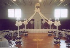 PICTURES OF WEDDINGS IN SCHOOL GYMS | WEDDING PROM SCHOOL GYM BALLOON HOMECOMING INSTRUCTS | Dream Hungry ...