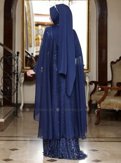 The perfect addition to any Muslimah outfit, shop Al-Marah's stylish Muslim fashion Navy Blue - Multi - Fully Lined - Crew neck - Muslim Evening Dress. Long Dress Design, Stylish Dress Designs, Stylish Dresses, Muslim Evening Dresses, Muslim Dress, Abaya Fashion, Muslim Fashion, Party Wear Indian Dresses, Party Dress