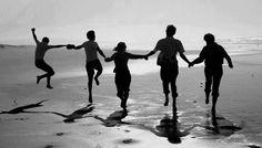 人生要有8個朋友   在個人生命與工作中,有8種不可或缺的朋友角色