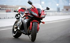 HONDA sportbike powerful, and more fun to ride - Motorcycling has always been about that perfect bond between rider and machine. Honda Cbr 600, Diesel, Cbr 600rr, Honda Bikes, Used Motorcycles, Super Bikes, Hd Backgrounds, Live Wallpapers, Motorbikes