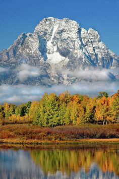 Wyoming - Grand Teton National Park, Landscape of Oxbow Bend on Snake River, Mount Moran in the distance