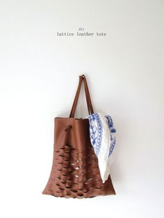 An Easy Faux Leather Summer Bag