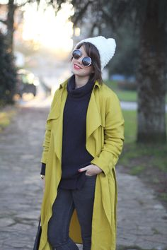 Lime trench from Zara with navy turtleneck sweater and rosherun sneakers. Streetstyle by myblueberrynightsblog.com