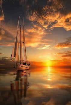 Beautiful Sunrise and Sunset amaze your eyes Landscape Photography, Nature Photography, Sailboat Painting, Boat Art, Beautiful Sunrise, Nature Pictures, Art Pictures, Belle Photo, Beautiful Landscapes