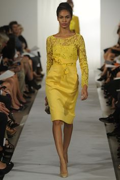 Oscar de la Renta RTW Spring 2013 - Runway, Fashion Week, Reviews and Slideshows - WWD.com
