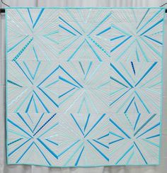 Modern Quilt Guild Showcase at the International Quilt Festival. Pick Up Sticks by Becky Goldsmith Quilting Projects, Quilting Designs, Quilting Ideas, Modern Quilting, Pick Up Sticks, International Quilt Festival, Quilt Modernen, String Quilts, Contemporary Quilts