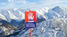 Wie funktioniert eigentliche eine Lawinensprengung, was steckt dahinter? Lesen Sie mehr darüber am Blog der Austrian Seilbahnpartner. Mountains, Blog, Travel, Safety, Word Reading, Voyage, Blogging, Viajes, Traveling