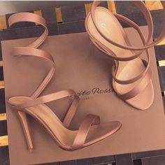Fashion Glamour Style Luxury The Best of shoes trends in - Sexy High Heels Women Shoes - Sexy High Heels Women Shoes Heeled Boots, Shoe Boots, Shoes Sandals, Pretty Shoes, Beautiful Shoes, Crazy Shoes, Me Too Shoes, Stilettos, High Heels