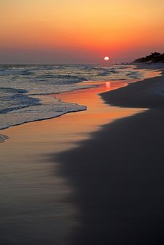 sunset on the beach... nothing quite like it