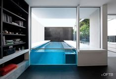 Modern Middle Swimming Pool Designs For Indoor - Indoor Swimming Pools, Swimming Pool Designs, Villa Design, House Design, Piscina Hotel, Moderne Pools, Verre Design, Luxury Pools, Small Pools