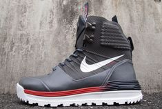 Nike Lunar Terra Arktos Boot: Team USA