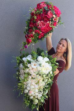 Funeral Flowers, December 25, Arte Floral, Wall Pockets, Flower Power, Floral Arrangements, Beautiful Flowers, Floral Wreath, Bouquet