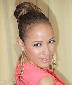 e31dfd303e4 Dania Ramirez Pert in Sleek Top Knot hairstyle Dania Ramirez, Top Bun, Hair  Strand